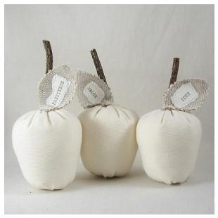 apples by la pomme on etsy